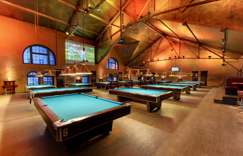 Pool und Cigars