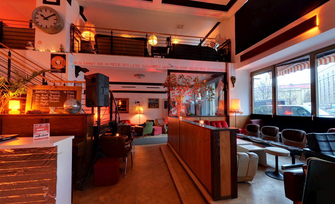 VOLKSBAR – Café Bar Galerie