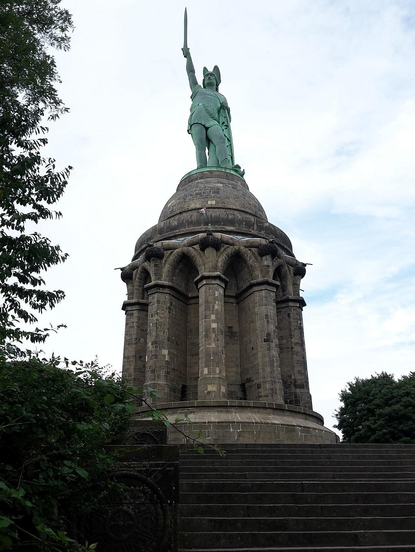 Hermann Denkmal