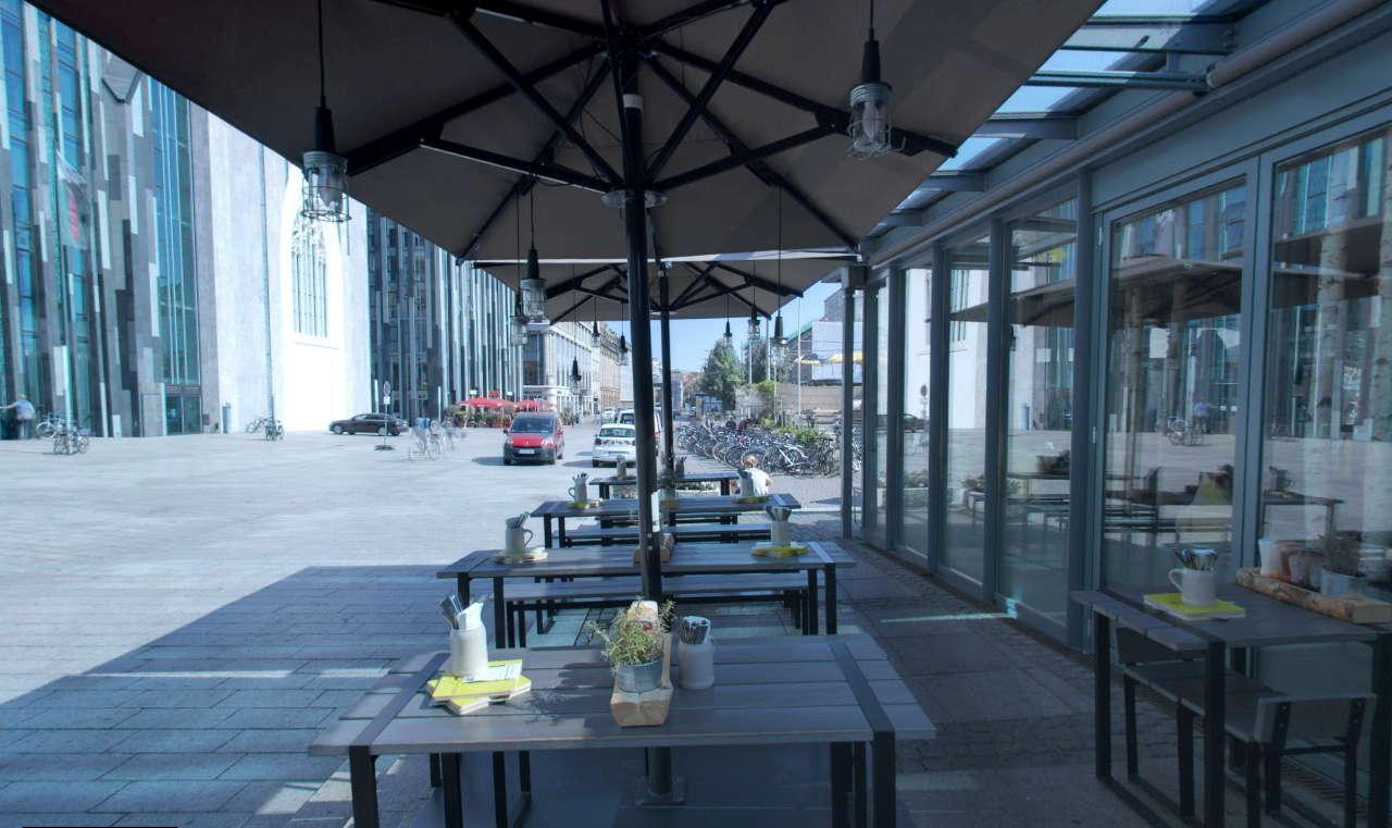HANS IM GLÜCK – Burgergrill | Leipzig AUGUSTUSPLATZ